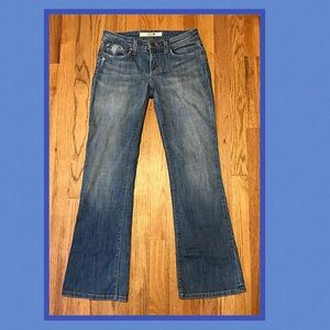 "JOE'S JEANS ""holy"" bootcut med wash.good condition"